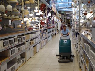 Fcc_environment_cee_business waste solutions floor cleaning OBI